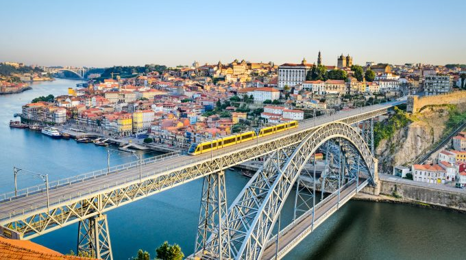 Porto Living Lab: Turning The City Of Porto Into A Lab For Urban Sciences And Technologies For Smart Cities